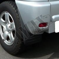 Брызговики черные на Toyota RAV-4 (2000 - 2005) - комплект 4 шт.