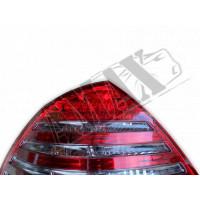 Задние фонари диодные темные на Мерседес В-211