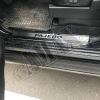 Накладки на пороги нержавейка (с логотипом) Митсубиси Паджеро Вагон_Misubishj Pajero Wagon IV (2006-2015)
