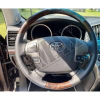 Руль черная кожа и темное дерево для внедорожника Toyota Land Cruiser 200